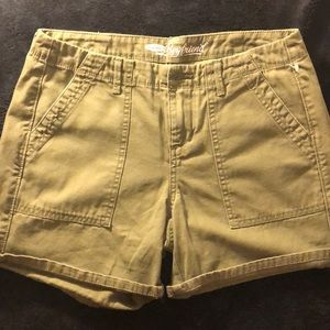Size 2. Old navy 'Boyfriend' shorts.